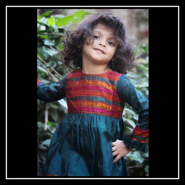Khun Dress