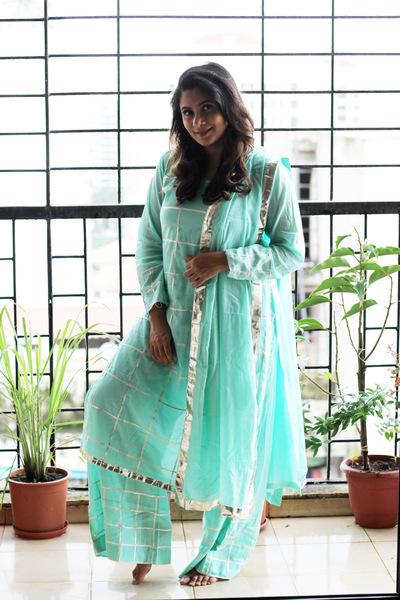 Women's MulMul Cotton Checks Gota Suit Set