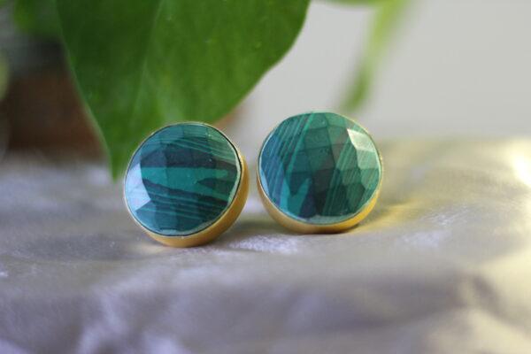 Semi Precious Stone Round Stud Earrings.